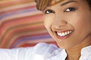 Santa Ana Cosmetic Dentist | gaped teeth, veneers | Dr. Do